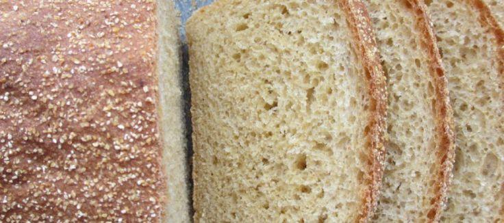 Zelf bakken: geurig maisbrood met een knapperige polenta korst | Lekker Tafelen