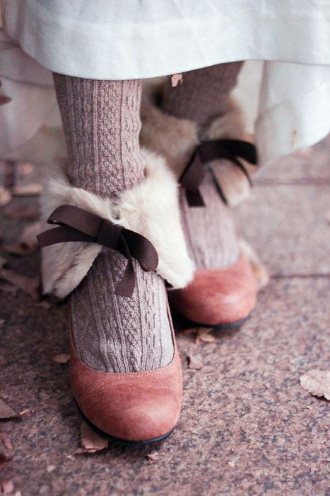 """""""Mori girls wear soft tights, socks, or leggings, sometimes with a pattern of stripes or florals. For shoes, comfortable clogs, boots, or flats are popular. There seem to be a lot of round-toed styles in mori girl footwear."""""""