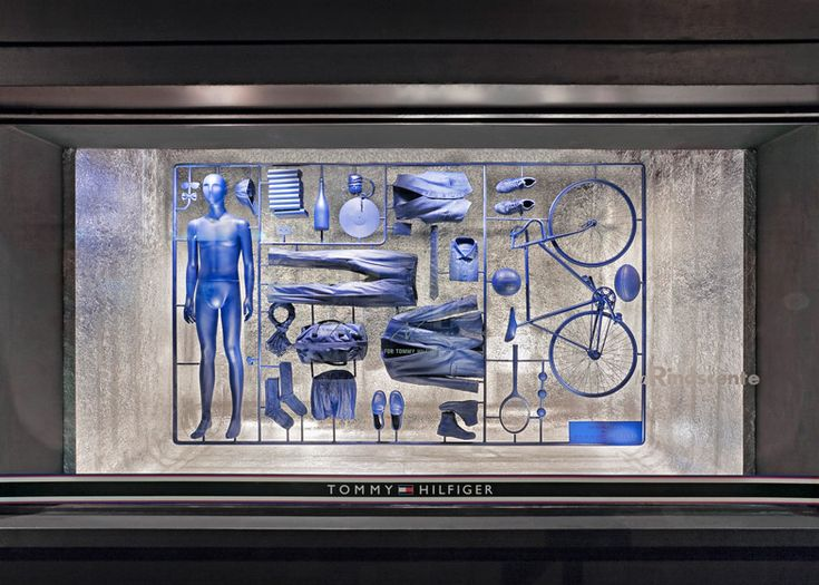 Model-kit window installation by Fabio Novembre for Tommy Hilfiger
