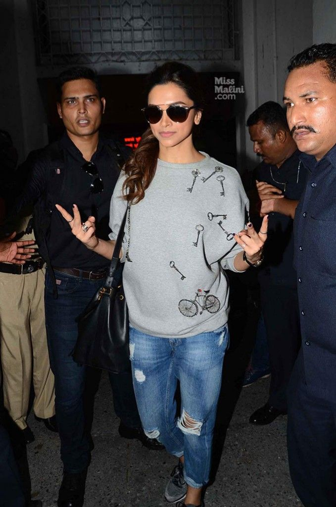 We've Found Deepika Padukone's Go-To Style Staple! - MissMalini