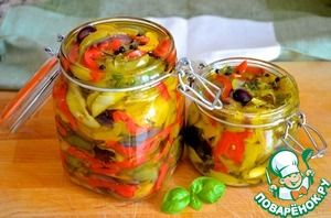 Маринованные летние овощи с лимоном и базиликом
