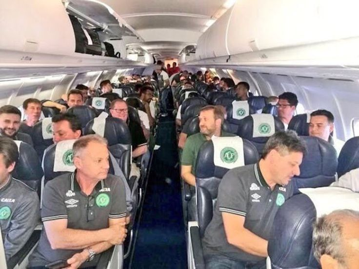 At least 25 dead and six survivors after plane carrying Brazilian football team crashes in Colombia | Breaking News | Mp3 Download |Celebrity Gossips | Entertainment News