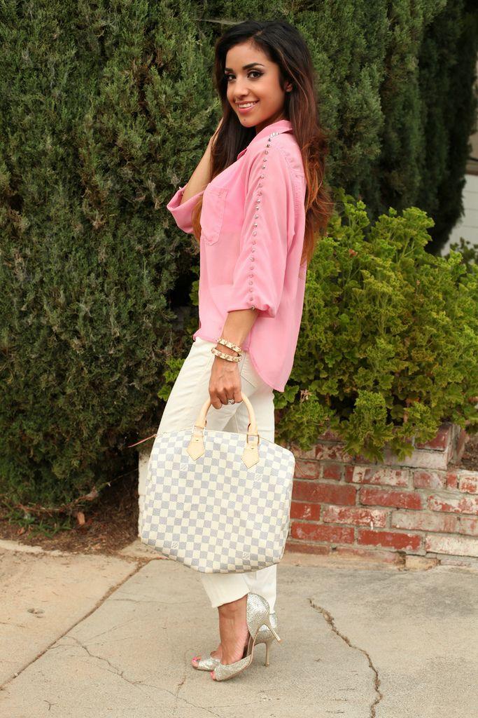 .: A Mini-Saia Jeans, Studs Rose, Pink Studs, Dulce Candy, Louis Vuitton Handbags, White Jeans, Louis Vuitton Bags, Vuitton Speedi, Choo Heels
