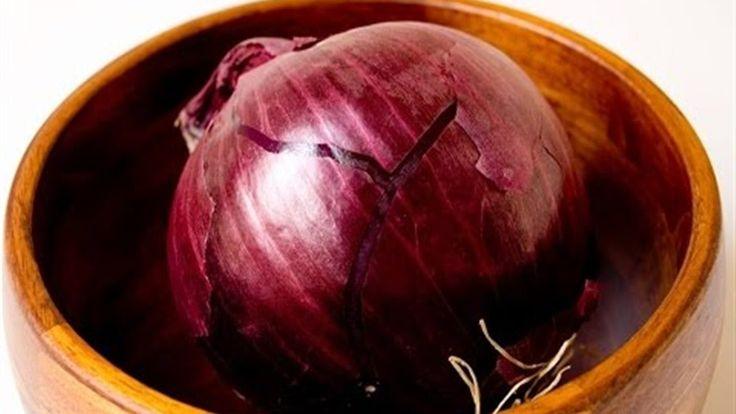 8 beneficios de la cebolla poco conocidos  http://ift.tt/1uFMmPy  8 beneficios de la cebolla poco conocidos. La cebolla seguramente es uno de los alimentos básicos en tu dieta. Parece que se las arreglase para encontrar un espacio enmuchísimas de tus recetas favoritas. Por supuesto no es nada nuevo. Las cebollas han sido parte de la dieta humana desde hace más de 7000 años. Por todos es sabidoque tienen la capacidad de mejorar el sabor de muchas recetas. No obstante sabías que también tienen…
