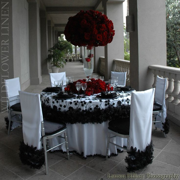 black and white wedding floral wildflower linens black white red charcoal wedding decor weddinggirl