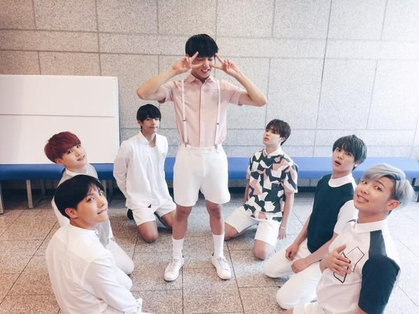 BTS hyungs and maknae ~ ^.^