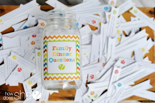 Family Dinner Question Printables. Perfect for a fun Friday family night at home!