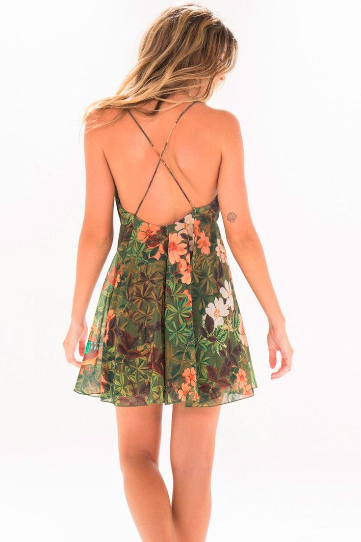 http://www.babadotop.com.br/vestido-curto-farm-saira-237384/p