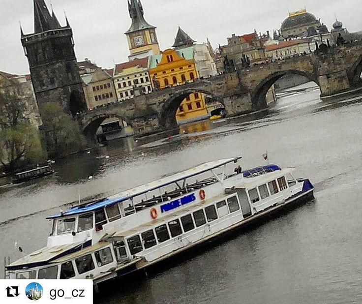 #Repost @go_cz with Charles bridge Prague  Praha.  Czech Republic.  #cz #czech #czechrepublic #чехия #чешскаяреспублика #czech_world #czech_vibes #go_cz #czech_insta #praha #прага