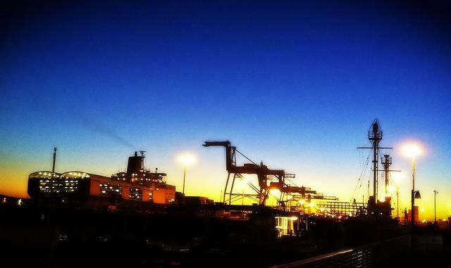 #ridecolorfully #vespa for #katespadeny to the Port of Oakland