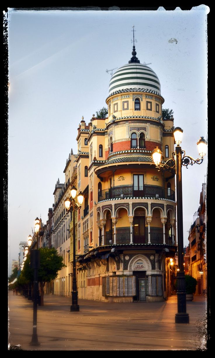 134 best arquitectura urbana images on pinterest urban - Arquitecto en sevilla ...