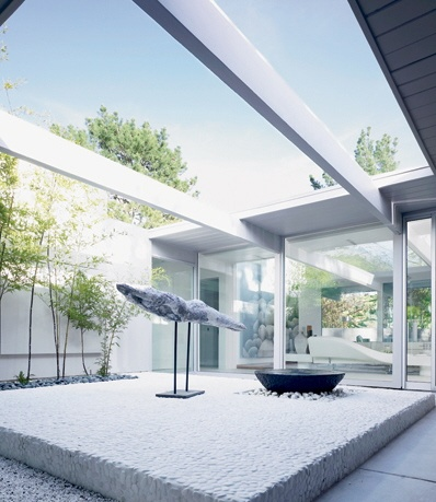 Modern courtyard, modern, minimalistic, futuristic interior, futuristic home