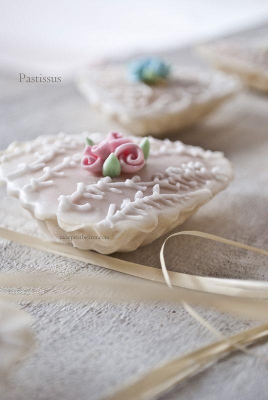 Mon petit bistrot: Is Pastissus (Paste reali di mandorle)