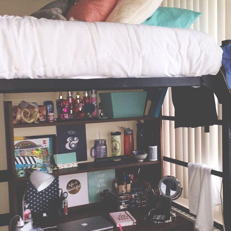 Dorm room desk #dorm #dormstyle
