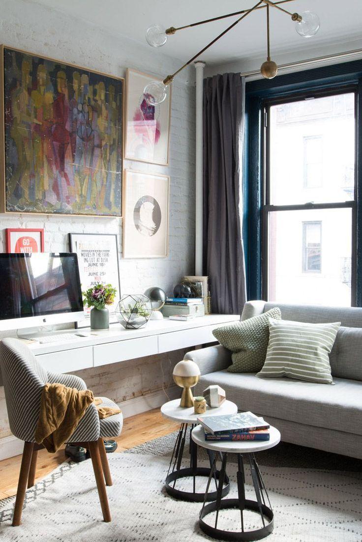 Schreibtisch Im Wohnzimmer Integrieren Wandmontage Sofa Vor Fenster Wohnzimmer Einrichten Wohnzimmer Gestalten Kleines Wohnzimmer Einrichten