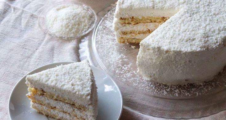 Κέικ καρύδας από τον Άκη Πετρετζίκη
