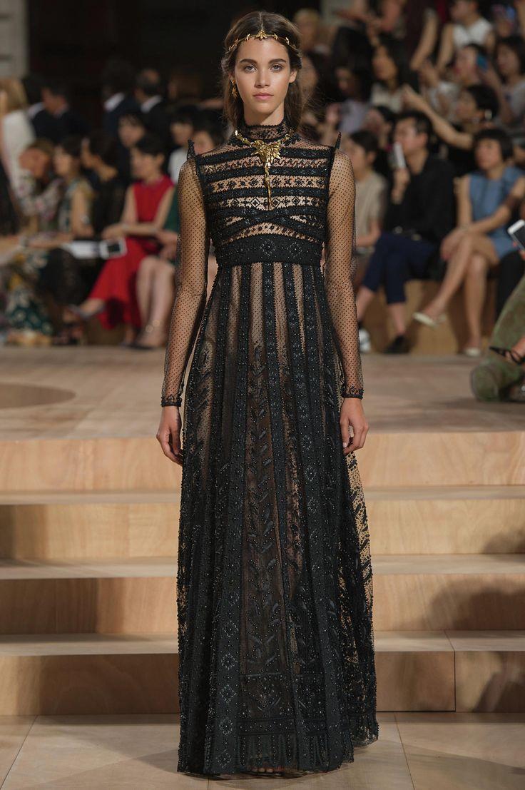Haute couture automne-hiver 2015 : le défilé Valentino