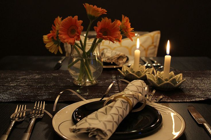 1000 images about party planner on pinterest for Romantic dinner ideas for two at home