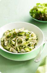 Creamy chicken, zucchini and pea pasta