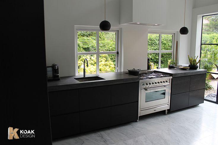 Keuken Zwart Blad : Hoogglans keuken overschilderen beautiful semi greeploos hoogglans
