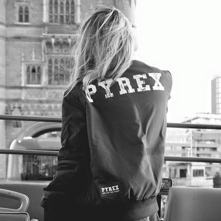 PYREX WOMAN #new #collection #pyrex #pyrexoriginal #woman #fallwinter16 #pyrexstyle #jacket #nothingbetter #wearingpyrex #winterstyle #perfect #streetstyle #godsavethestreet