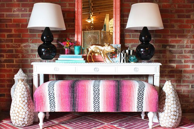 Chinoiserie Chic: Styling the Chinoiserie Console 2: Interior, Idea, Benches, Console Table, Living Room, Furbish Studio, Entryway, Blanket Bench