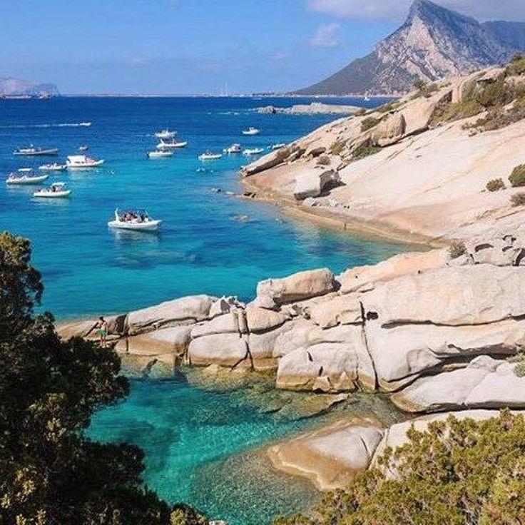 Cala Girgolu.  Sardegna.