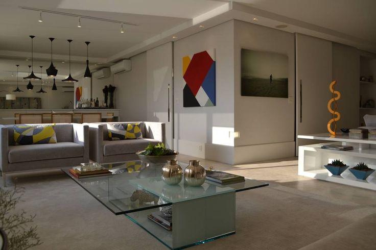 Shades of gray: Salas de estar Minimalista por Helô Marques Associados