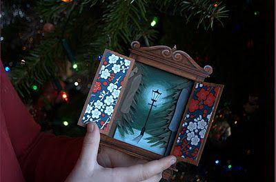 Best Christmas Card ever! http://www.ukcraftblog.com/2011/12/most-amazing-handmade-christmas-card.html