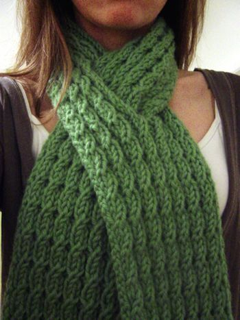Mock Cable Knit Scarf Pattern : Mock Cable Scarf - free pattern Yarn arts/knit/scarves Pinterest
