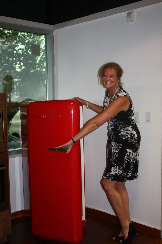 And what's behind door number one? LOL Marie, it's a fridge! Sept.30/14 Kitchen Party, #connectedwoman