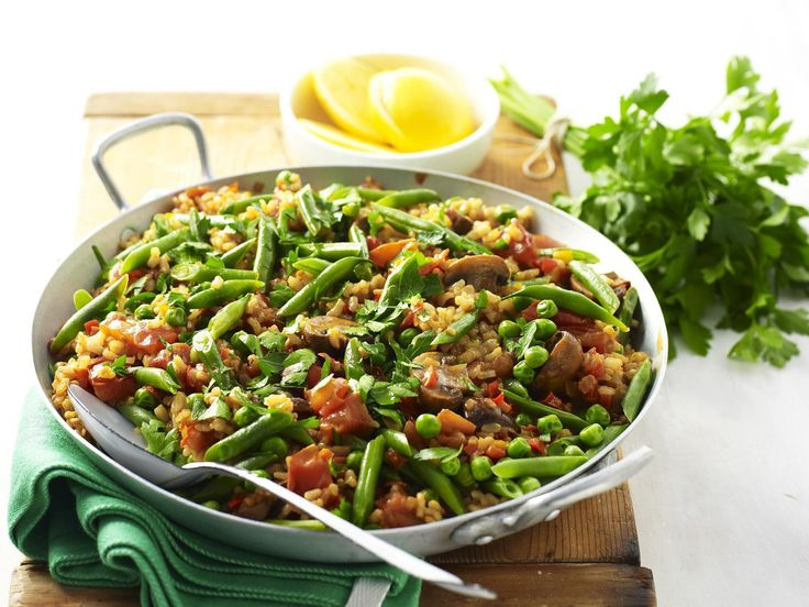 A traditional dish from Andalusia, paella is usually associated with seafood, not surprising when you consider the ancient fishing traditions of the area, chicken and chorizo. This vegetarian version manages to pack in loads of flavour without the meat.