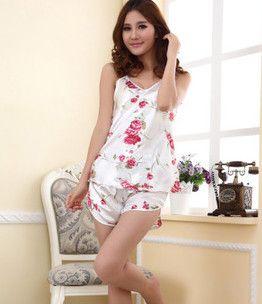 2017 Summer nightgown fashion cartoon Women's sleepwear  Short Sleeve Sleep shirt nightgown  Home Clothes free Shipping