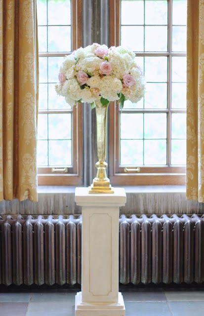 Sweet Pea Floral Design Detroit Ann Arbor U Of M Union Pendleton Wedding Ceremony Large Flower
