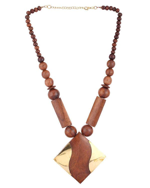 WOODEN HANDMADE BEADED NECKLACE