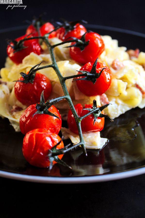 Tagliatelle z mascarpone, pomidorki koktajlowe
