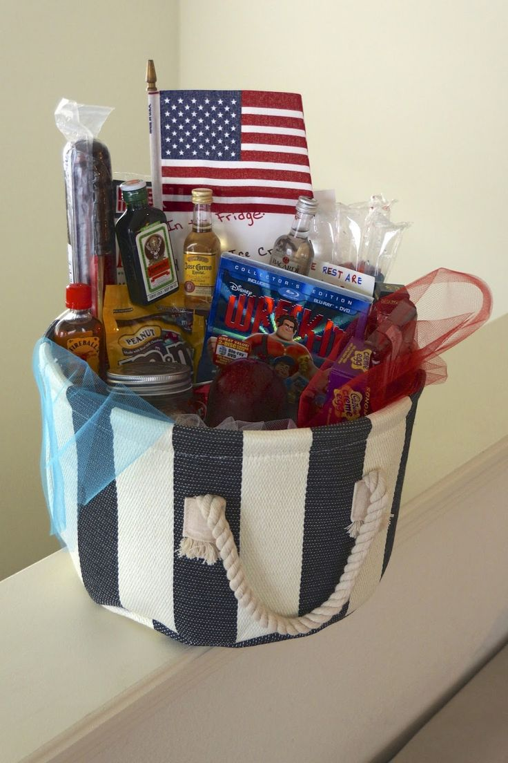 """Welcome Home: The Final """"Care Package""""  How to create a fun and easy welcome home care package for your soldier"""