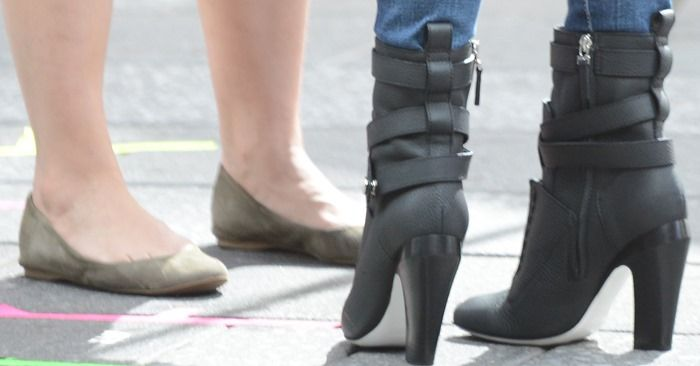 "Megan Fox Films Teenage Mutant Ninja Turtles in Awful Fendi ""Diana"" Boots"