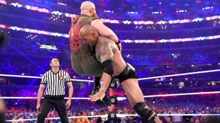 WWE: The Rock electrizó WrestleMania 32 junto a John Cena