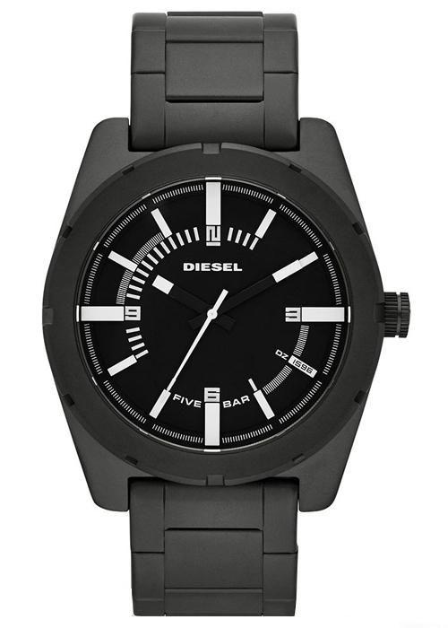 Saat modelinde klasik modellerden hoşlananların çok beğeneceği bir modeldir bu saat.