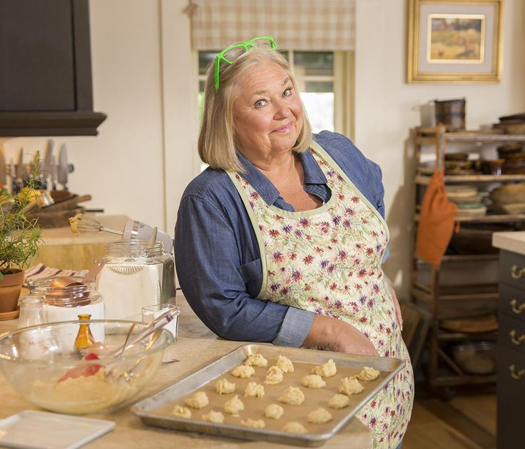 "Nancy Fuller's goal is simple. The host of Food Network's ""Farmhouse Rules"" wants people to cook real food, and she entices them with simple recipes."