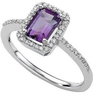 purple diamond ring---I've always wanted a ring like this.