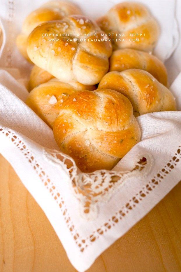 Roselline di pane aromatico alle erbette