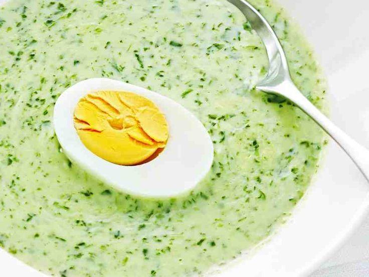 Juustoinen pinaattikeitto http://www.yhteishyva.fi/ruoka-ja-reseptit/reseptit/juustoinen-pinaattikeitto/014110