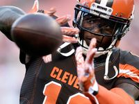 Josh Gordon is getting yet another chance. The Cleveland Browns receiver -- who hasn't played in a regular-season game since 2014 -- is set to be reinstated on conditional basis.