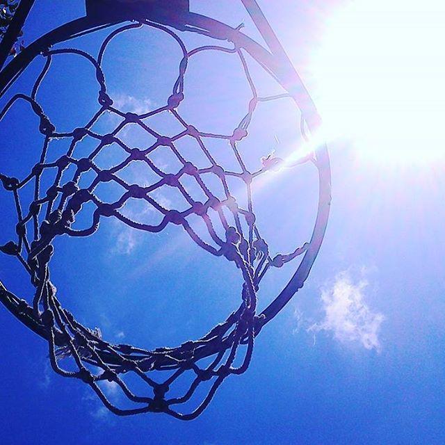 バスケットゴールと太陽 #landscape