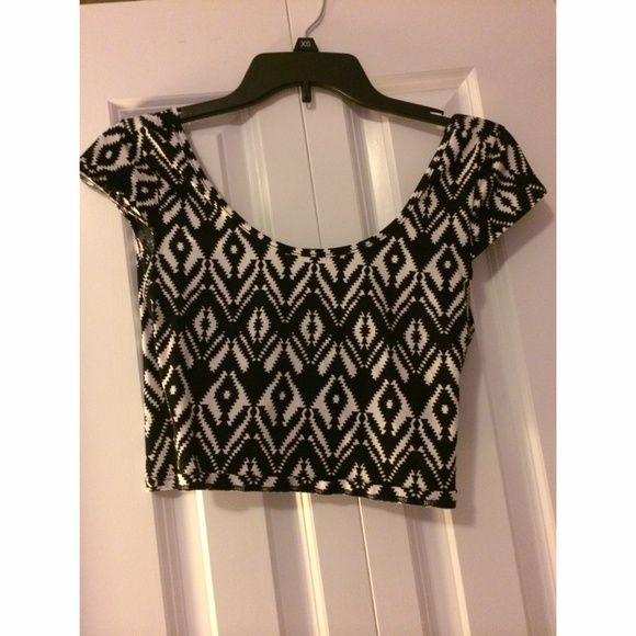 Charlotte Russe Aztec Crop Top Charlotte Russe black and white Aztec crop top. Worn once, open back Charlotte Russe Tops Crop Tops