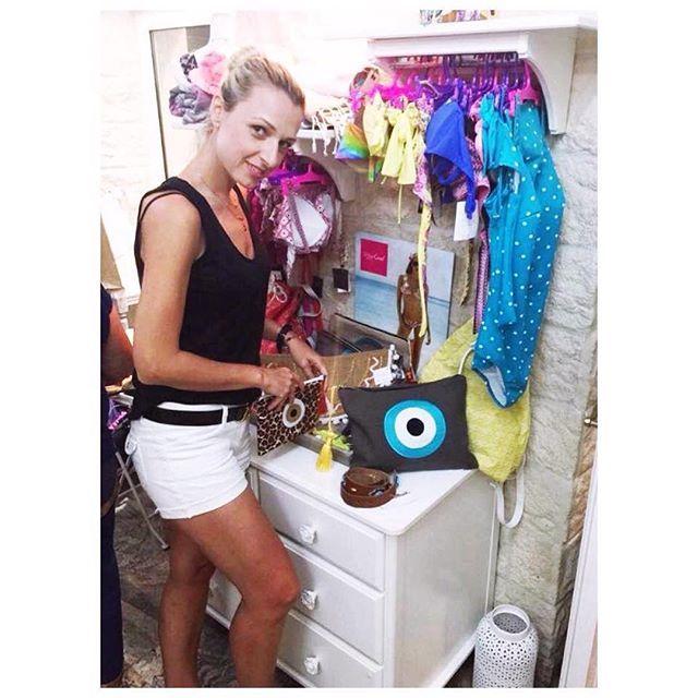 Όμορφες καλημέρες από την Χριστίνα Μαλλέ με τις δημιουργίες της στο κατάστημα Boudoir boutique στους Παξούς! #handmade#bags#malle_bags#evileye#eye#christinamalle_bags#clutches#sunmer2015#vacations#fashion#vscofashion#style#Greece#greekdesigner#lovegreece#Paxoi