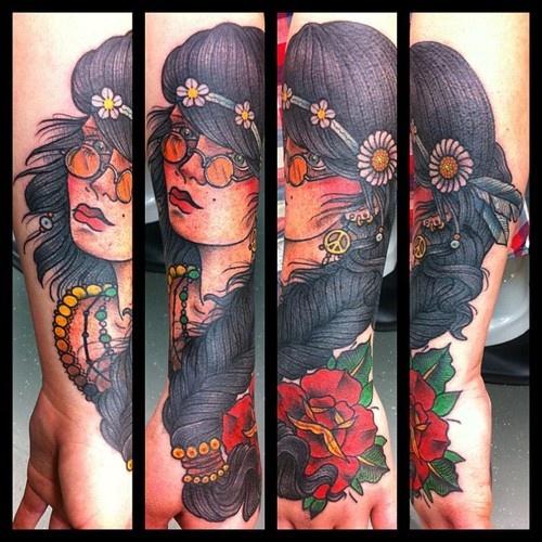 Hippie girl, cover up!! Super fun @bluehawaiitattooshop (at Blue Hawaii Tattoo)