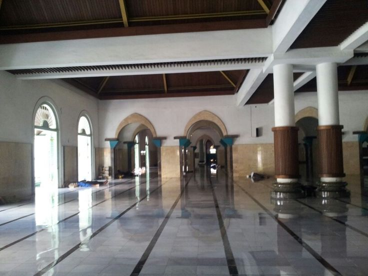 Interior Masjid Sunan Ampel